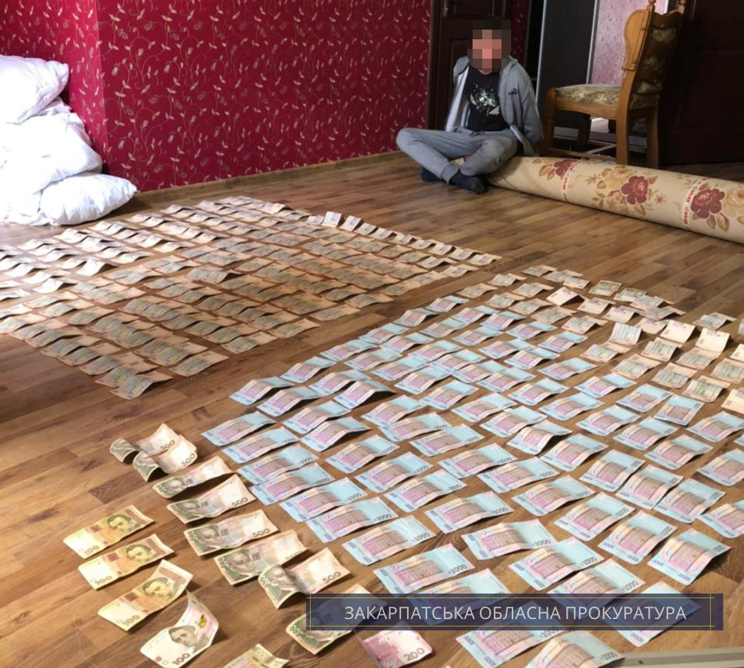 Суд обрав запобіжний захід чоловіку, який вкрав від брата 300 тисяч гривень
