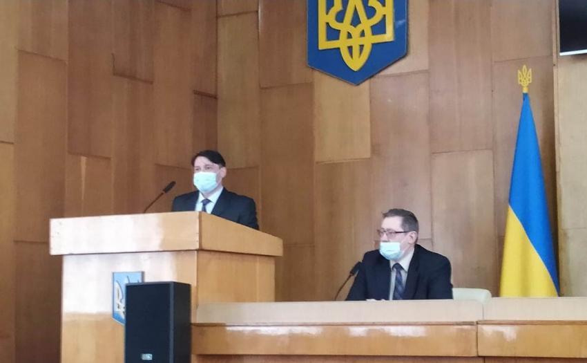 Колективу Рахівської РДА представили нового керівника