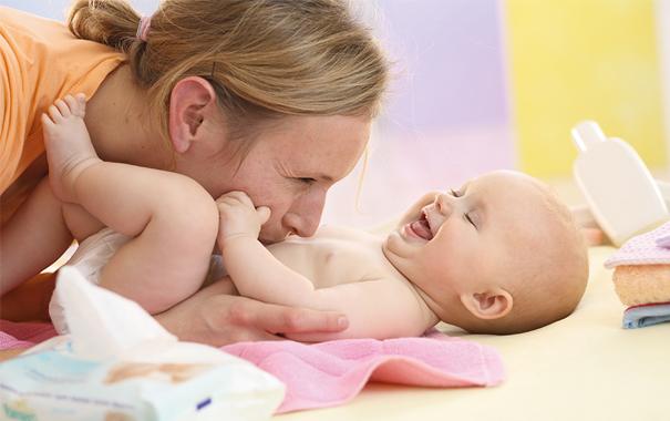 Топ-10 засобів догляду за новонародженим