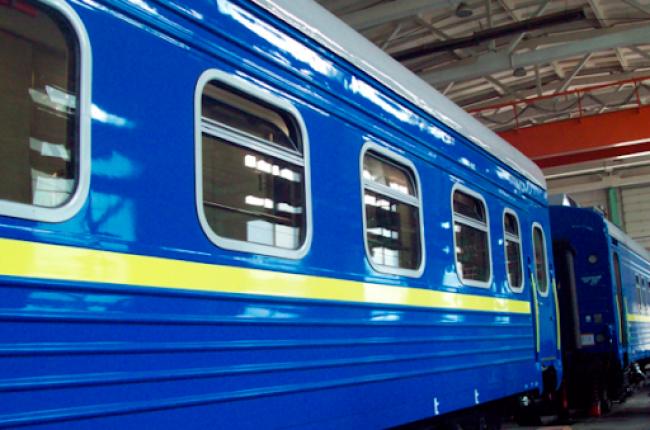 """""""Укрзалізниця"""" планує запустити 11 додаткових потягів на Закарпаття"""