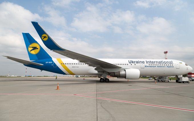Шмигаль обіцяє знизити ціни на внутрішні авіарейси