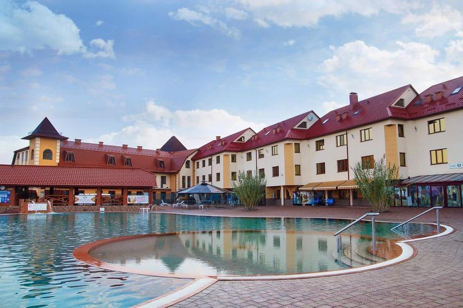 """Термальні води """"Жайворонок"""" – готель, ресторан, винний погріб: ціни 2021 на проживання та ресторан"""