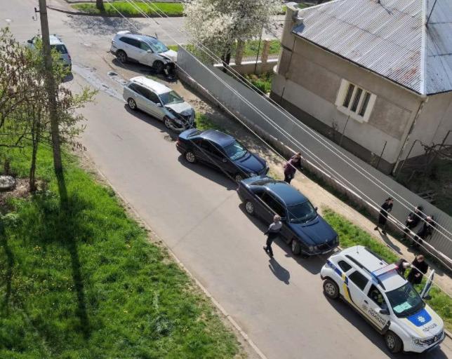 На одному з перехресть Ужгорода сталась аварія