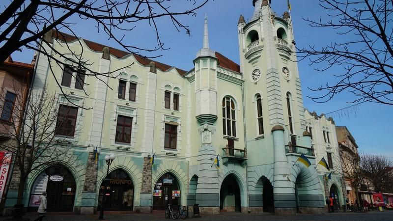 Завтра у Мукачеві відбудеться чергова сесія міськради