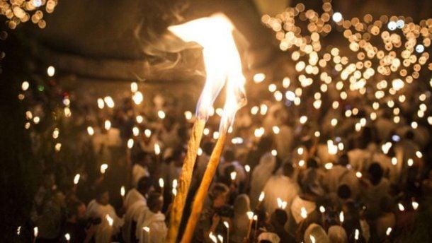 Завтра на Закарпаття доставлять Благодатний вогонь