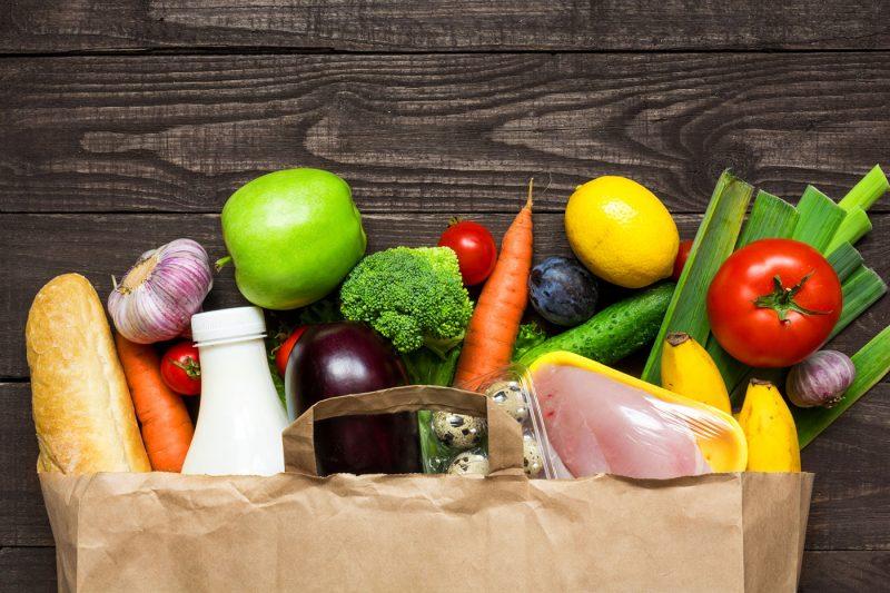Ціни на продукти в Україні: борщнабір, соняшникова олія, курячі яйця подорожчали