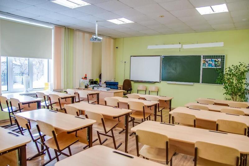 Скандал у школі на Закарпатті: вчителька кричала на дитину і хапала за волосся