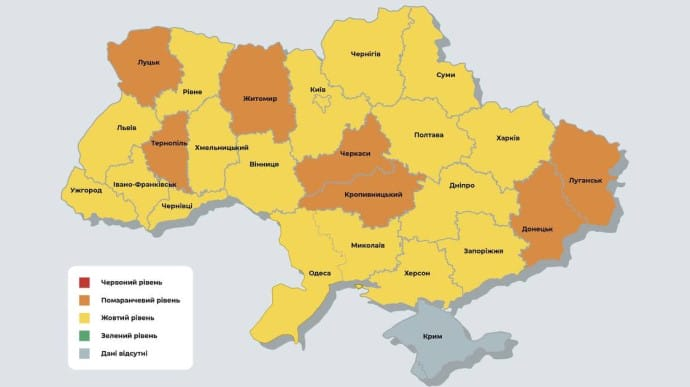 В Україні не залишилося жодної червоної зони, де лютує COVID
