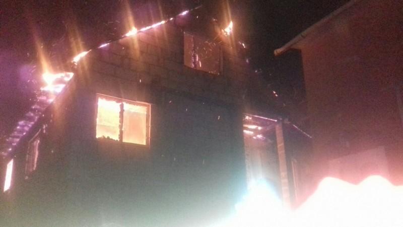 Під час пожежі постраждала жінка