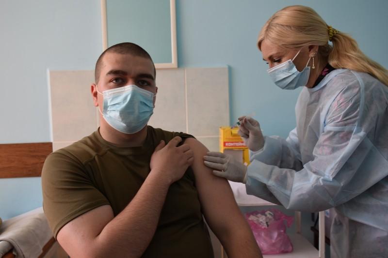 У Мукачівському прикордонному загоні вакцинували понад 100 осіб