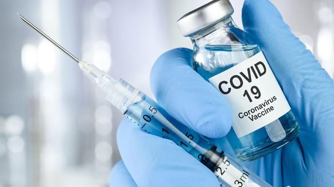 Ляшко розповів, як і коли освітяни можуть вакцинуватися від COVID-19