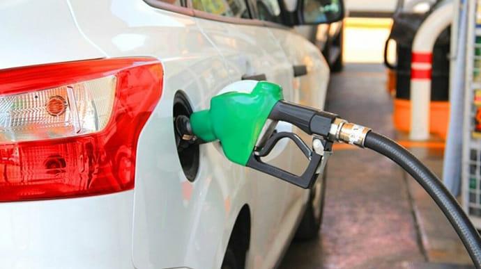 Мінекономрозвитку прокоментувало встановлення максимальної торговельної надбавки для преміального пального