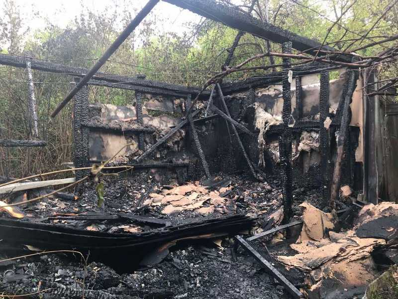 У селі повністю згорів дачний будинок