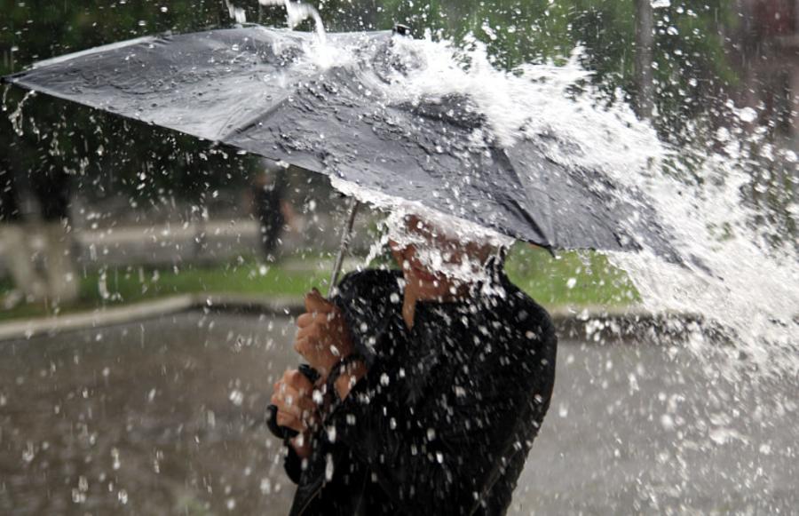 Очікують сильну негоду: у Закарпатській області оголосили штормове попередження