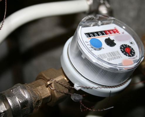 Щоб не платити за воду втридорога: все, що треба знати про повірку лічильників води