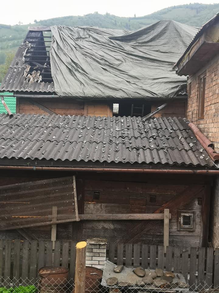 На Рахівщині горів будинок пенсіонерів