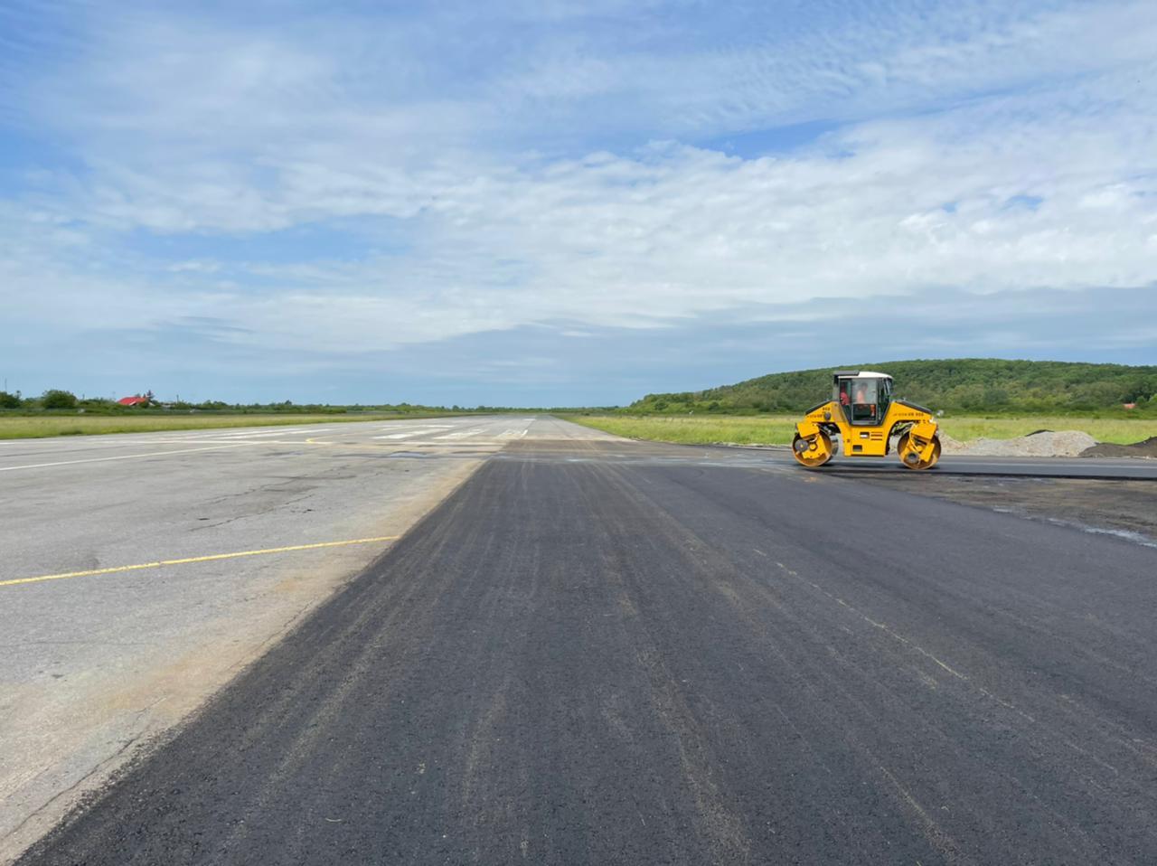 Ужгородський аеропорт готується до прийому перших рейсів