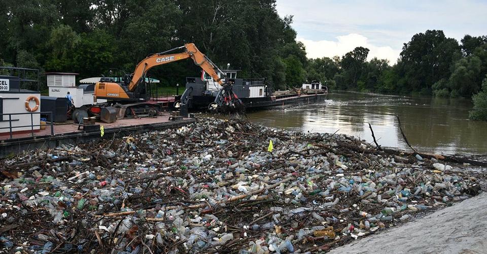 Лише 20% сміття, яке потрапило до Угорщини річкою Тиса, має українське походження, – Держекоінспекція