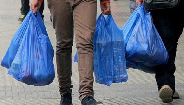Заборона пластикових пакетів – який штраф за їх використання