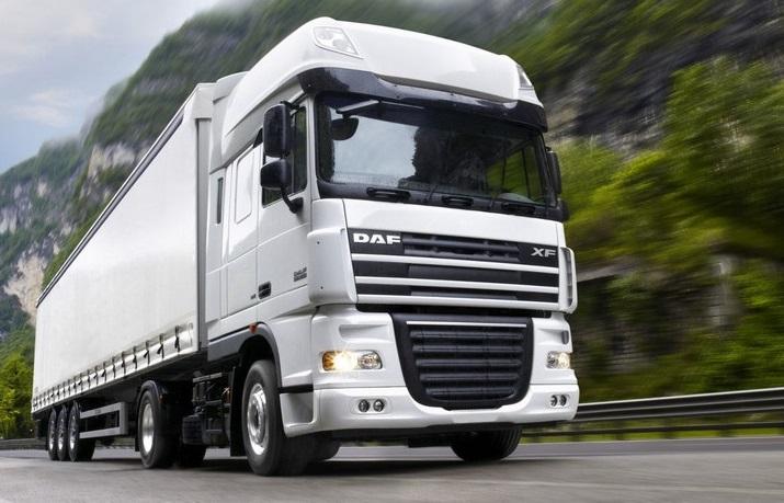 В Україні обмежують рух вантажівок
