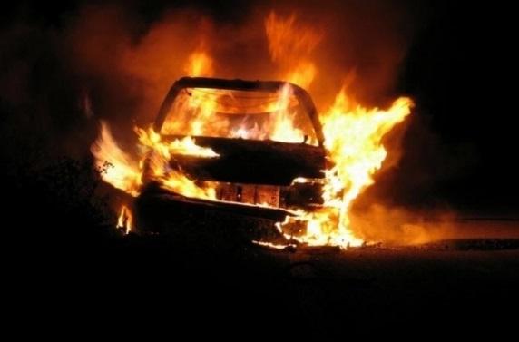 Рано-вранці згорів вщент Nissan Patrol