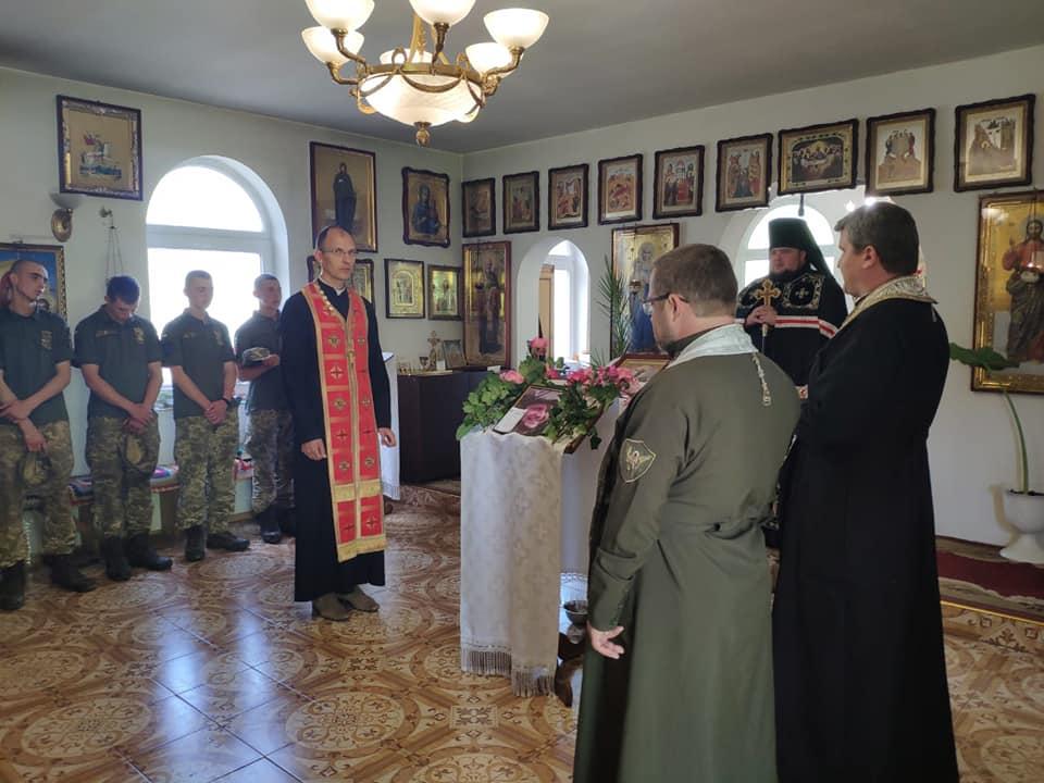 Відбулося прощання з воїном 128-ї бригади, якого окупанти вбили на Сході України