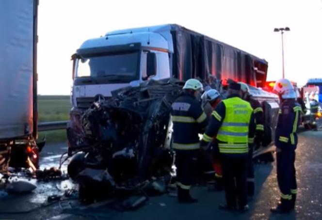 Мікроавтобус прямував до Чехії: загинули українські заробітчани