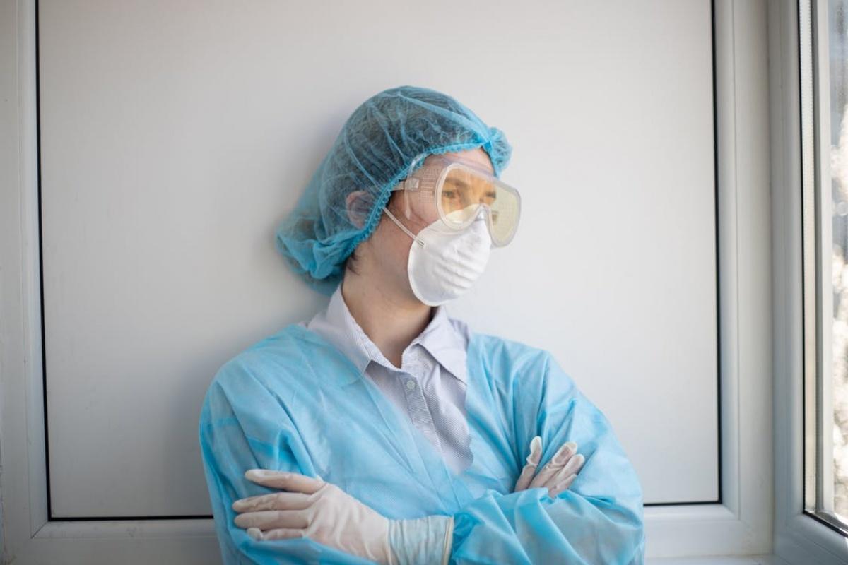 Зарплати лікарів урізають, а самих медиків скорочують: який наслідок медичної реформи