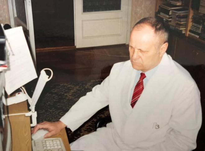 На Закарпатті помер відомий лікар