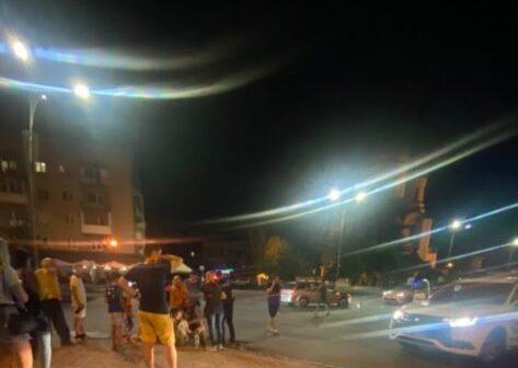 ЗМІ повідомляють про нічну автопригоду в Ужгороді