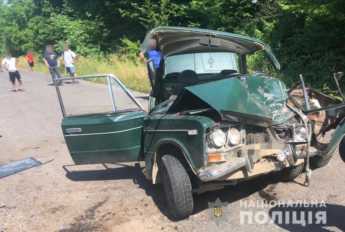 Потрощені автівки, четверо травмованих: що відомо про ДТП на Берегівщині