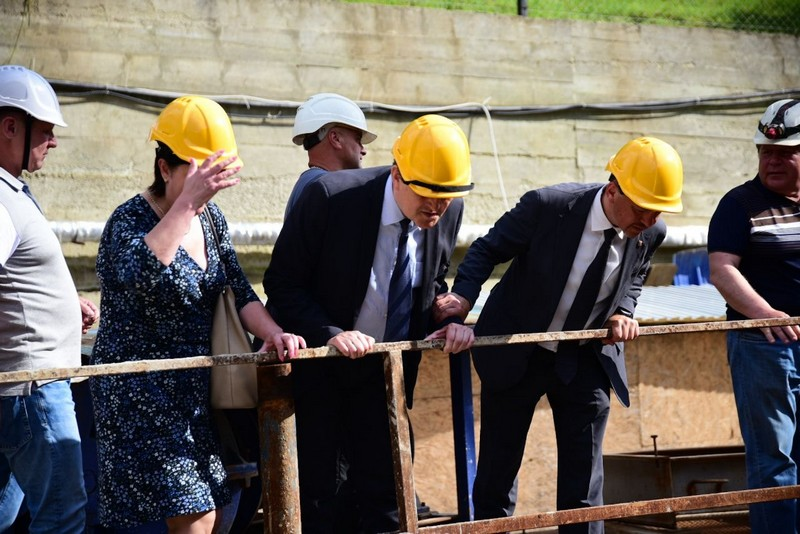 На Закарпатті почали будувати нову лікарню у стометровій соляній шахті