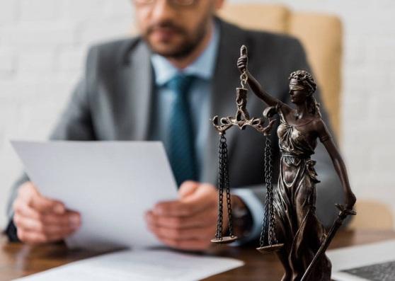 Вчинок закарпатського адвоката здивував людей