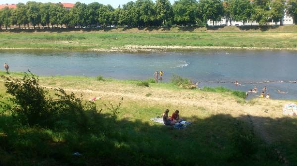 В Ужгороді заборонили купання та катання на човнах у відкритих водоймах
