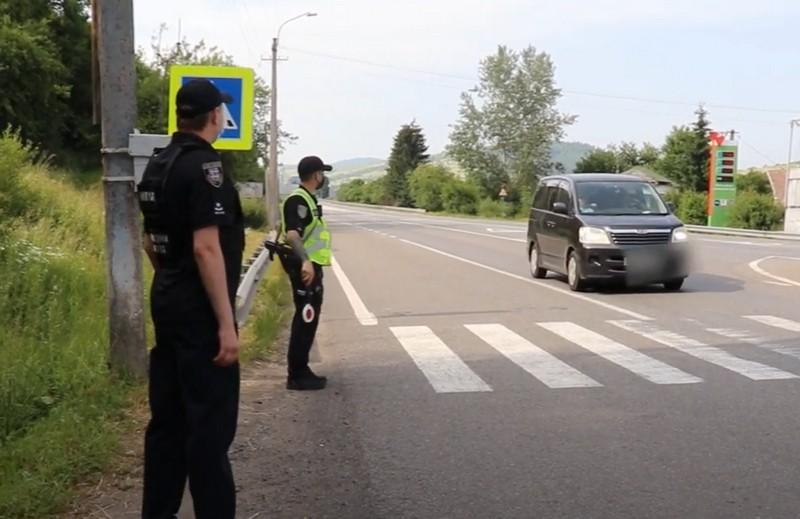 Поліція зі всієї України проводить відпрацювання на Закарпатті