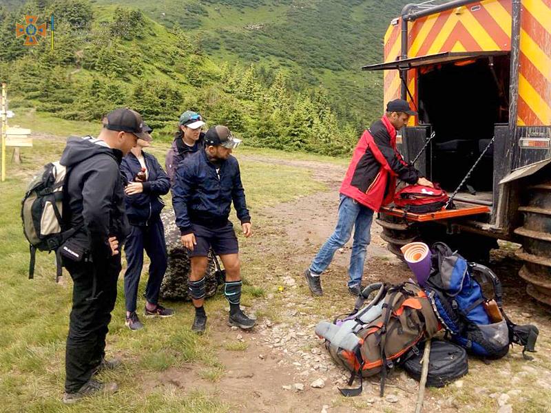 Троє туристів за добу потребували допомоги рятувальників