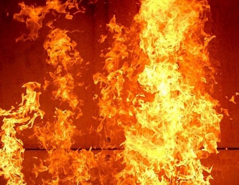 У селищі Тересва вчора вирувала пожежа
