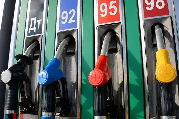 Ціни на бензин встановили черговий рекорд
