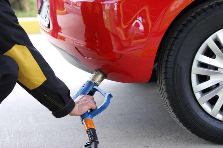 Ціна на автогаз в Україні побила рекорд