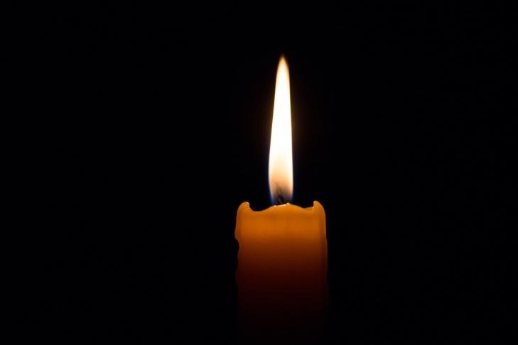 У аварії на смерть розбилися закарпатський поліцейський, його дружина та донька