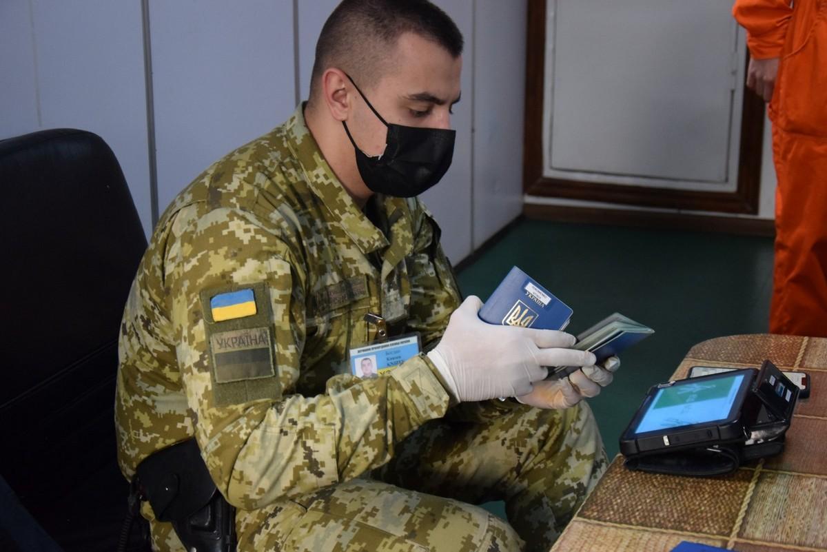 Набули чинності оновлені правила в'їзду в Україну: що змінилося