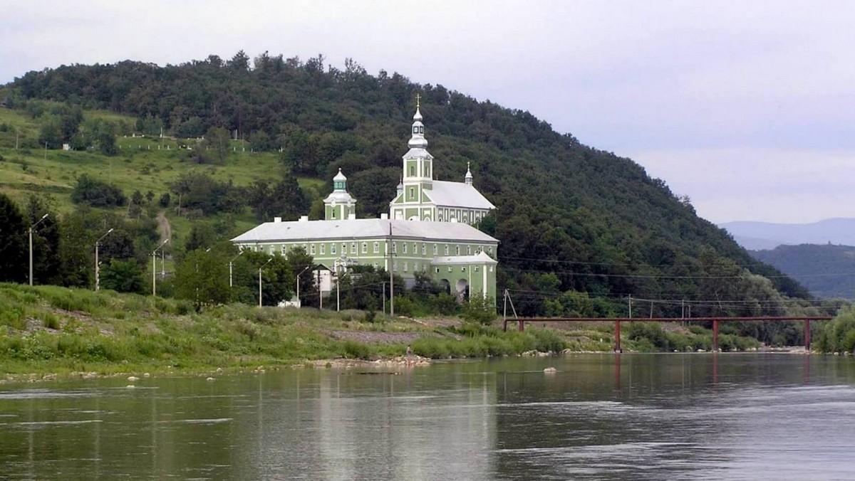 Успіння Пресвятої Богородиці: розклад богослужінь в монастирі Мукачева