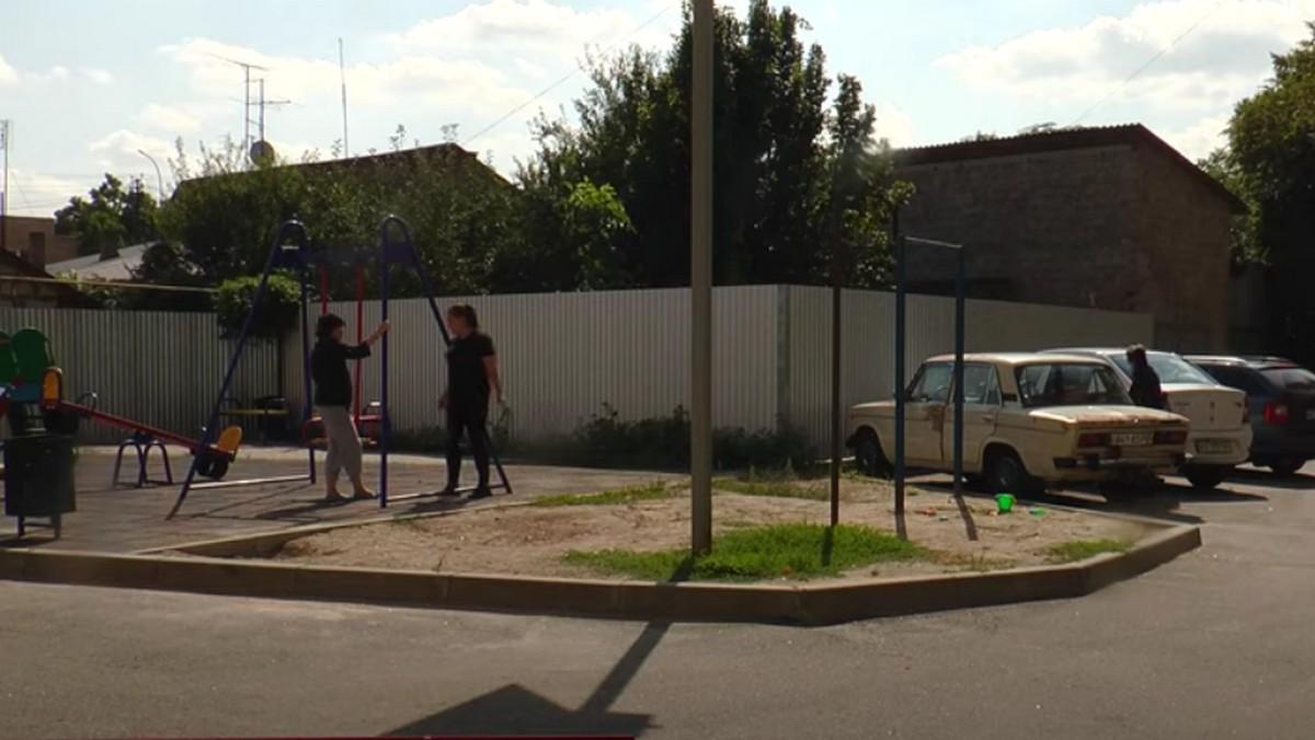 В одному з мікрорайонів Мукачева намагались вкрасти машину