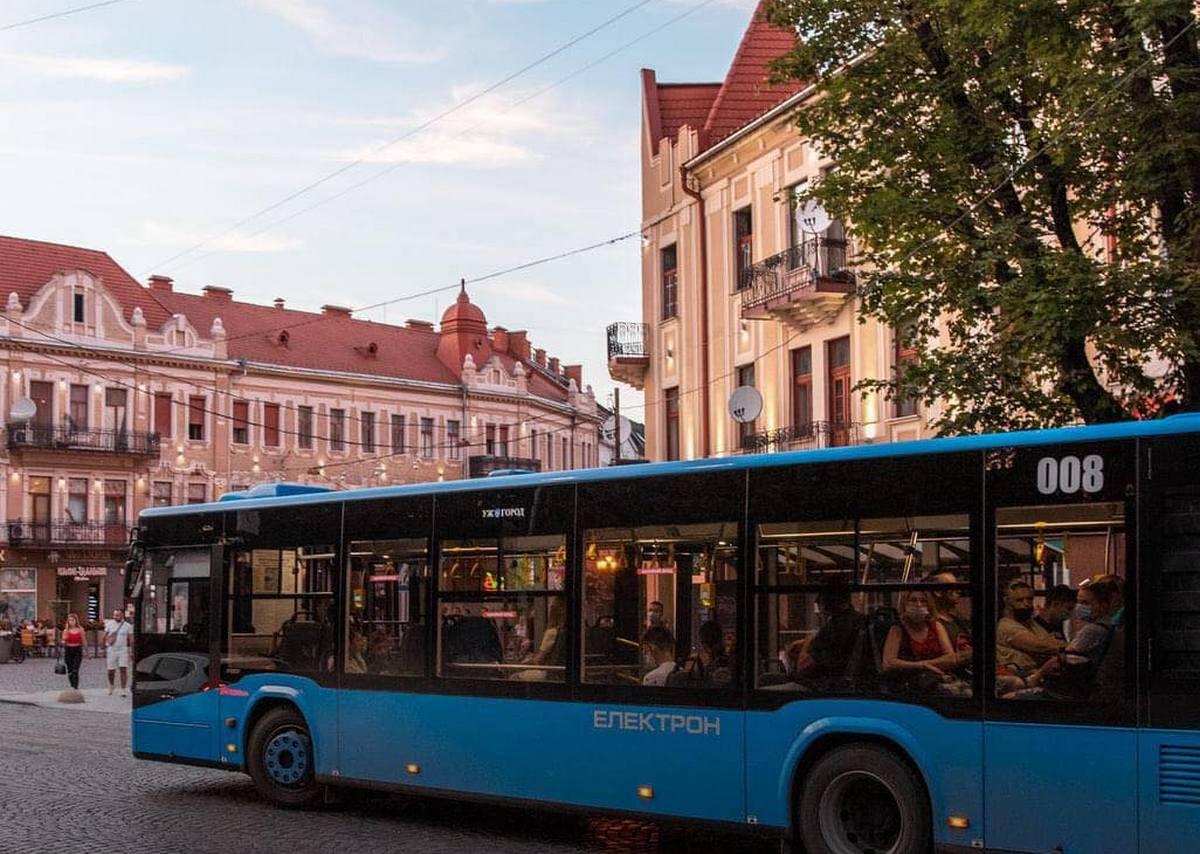 В Ужгороді відновлюють курсування автобусу на популярному маршруті