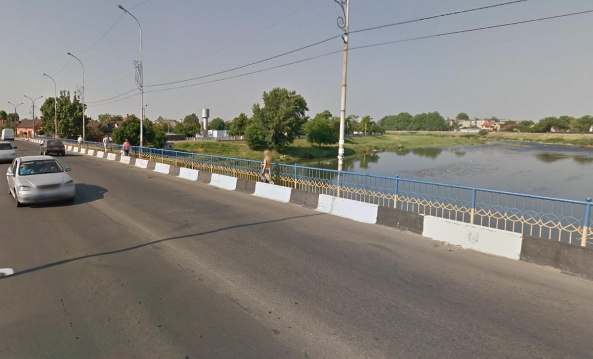 У Мукачеві хочуть відремонтувати один із мостів