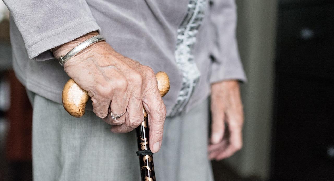 В Україні пенсіонерам встановлять щомісячні доплати: названо суму