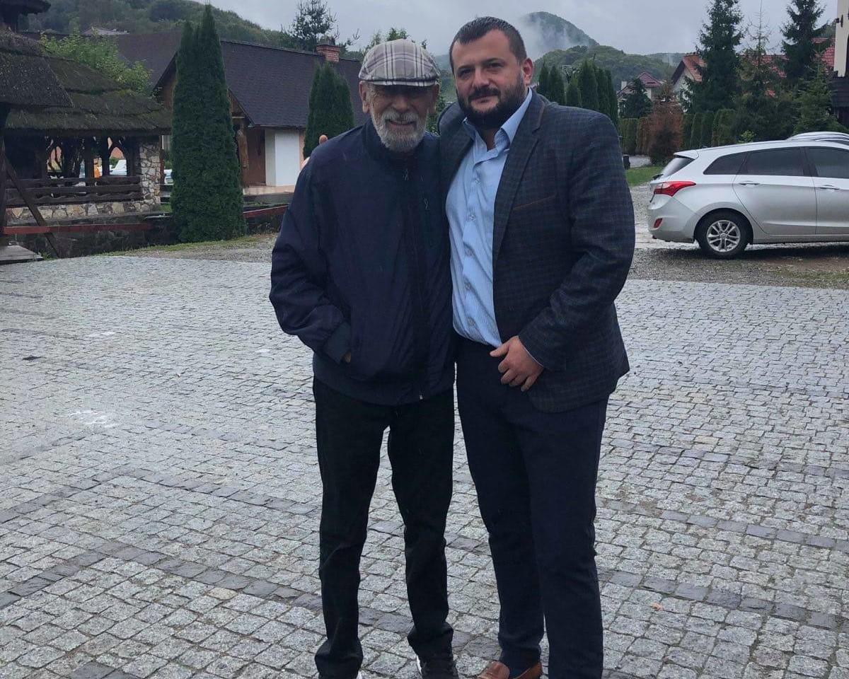 Легендарний актор і співак завітав на Хустщину