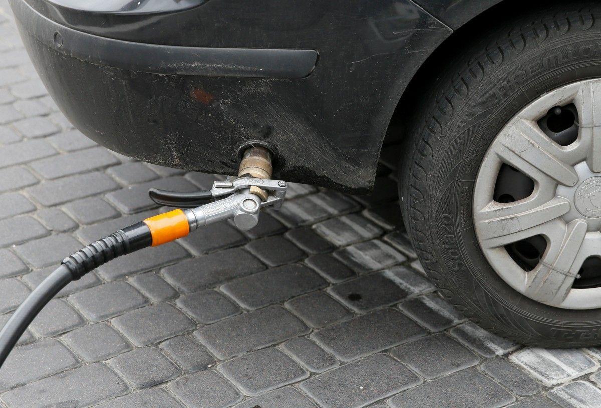 Автогаз стрімко дорожчає: ціни наблизились до психологічної позначки