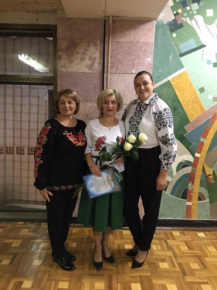 Вчительку з Мукачева Аллу Спачинську нагородили обласною премією