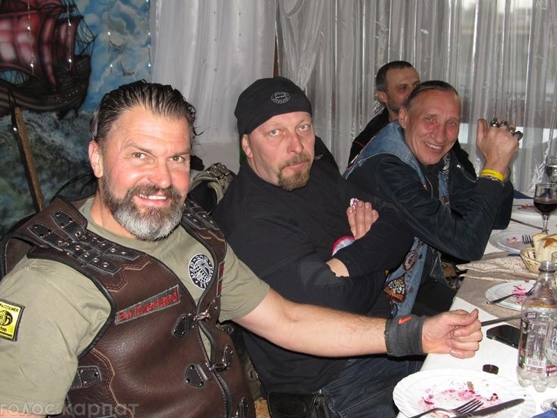 """У Мукачеві байкери відгуляли традиційну """"мотомаївку"""""""